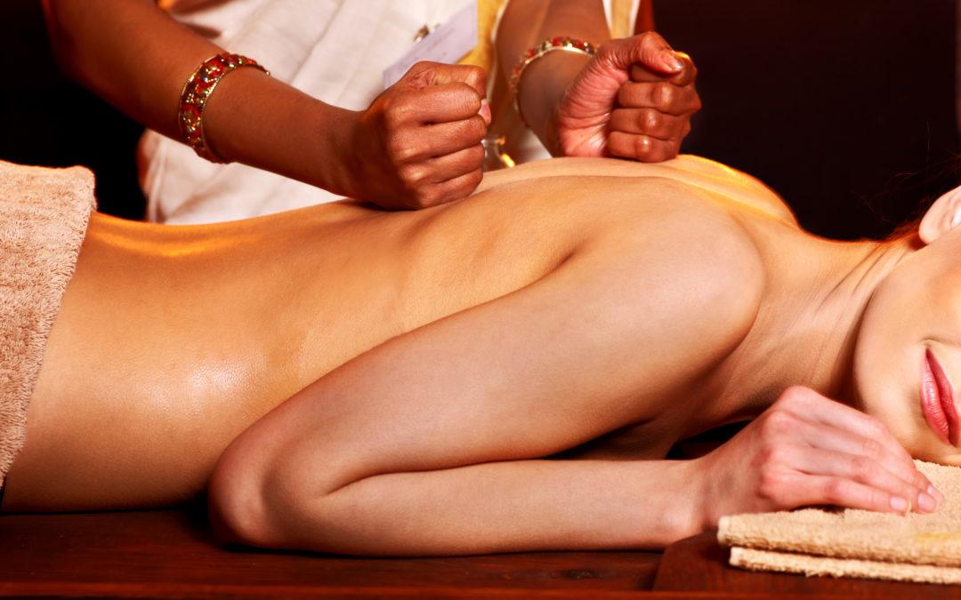 Abhyanga – le massage indien du corps aux huiles chaudes